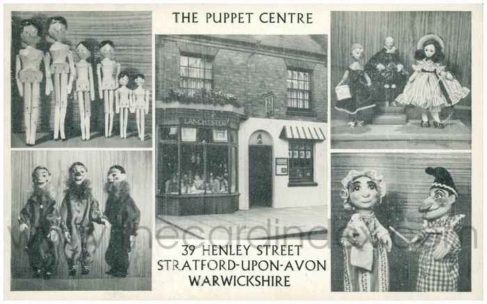 Postcard front: The Puppet Centre. 39 Henley Street. Stratford-Upon-Avon