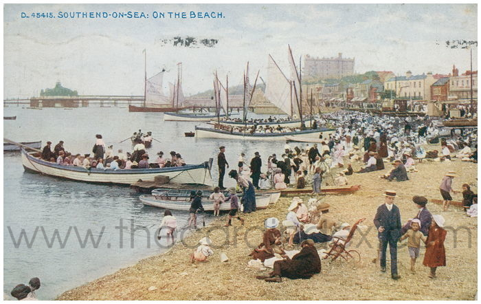 Postcard front: Southend-on-Sea: On The Beach.