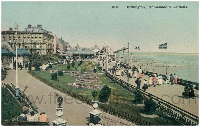 Postcard front: Bridlington, Promenade & Gardens.