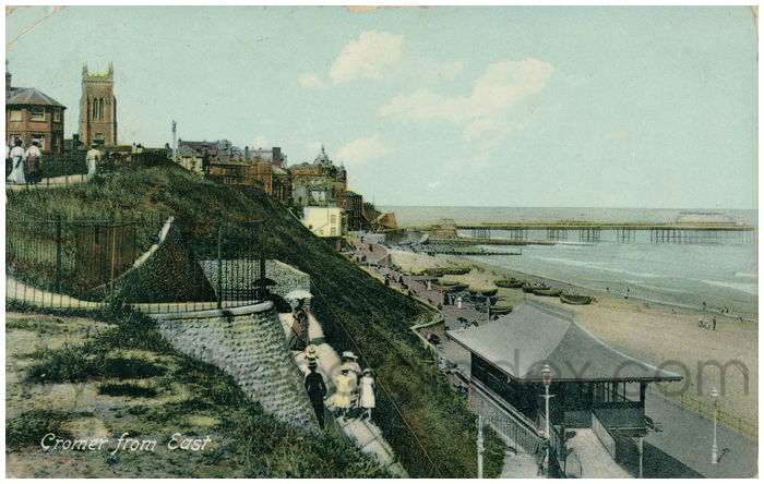 Postcard front: Cromer from East