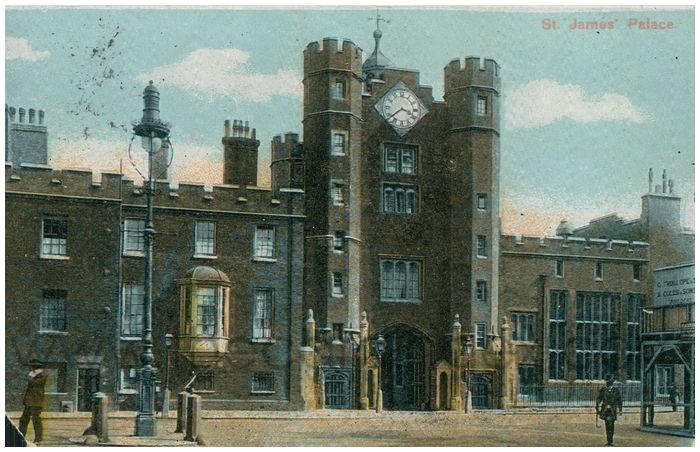 Postcard front: St. James' Palace