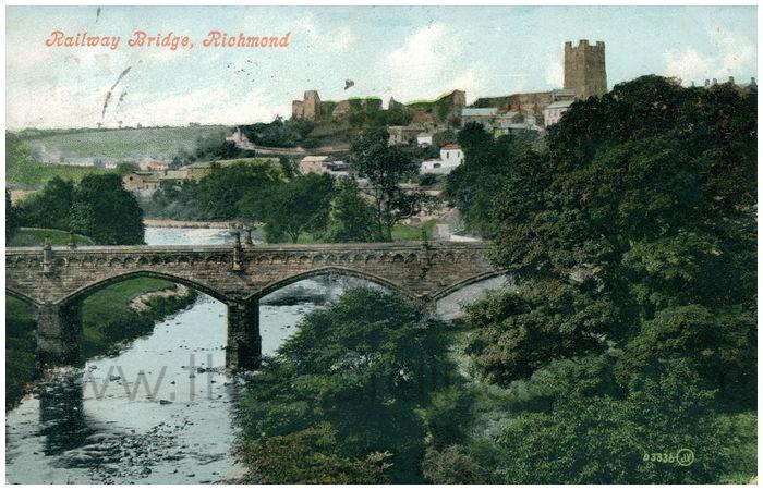 Postcard front: Railway Bridge, Richmond
