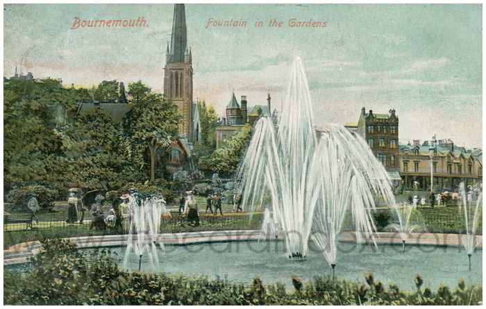 Postcard front:  Bournemouth. Fountain in the Gardens