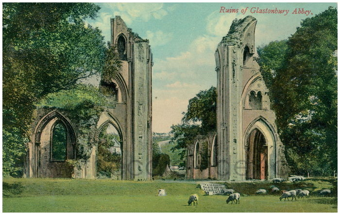 Postcard front: The Ruins of Glastonbury Abbey
