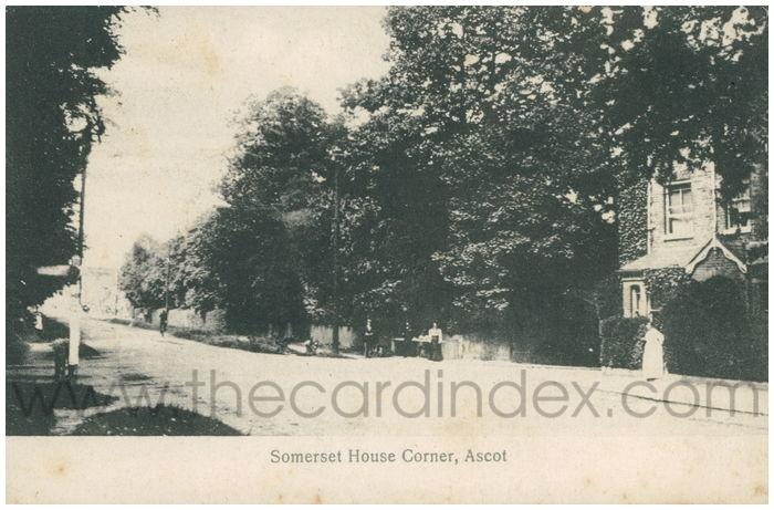 Postcard front: Somerset House Corner, Ascot