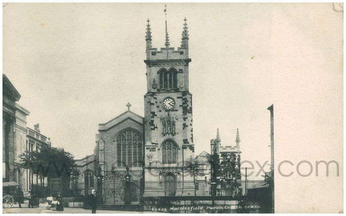 Postcard front: Macclesfield Parish Church