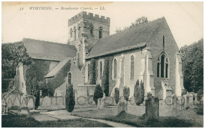 Postcard front: WORTHING - Broadwater Church.