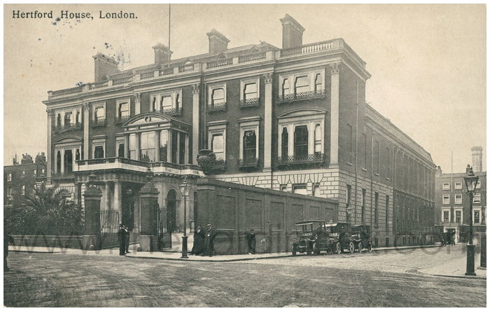 Postcard front: Hertford House, London.