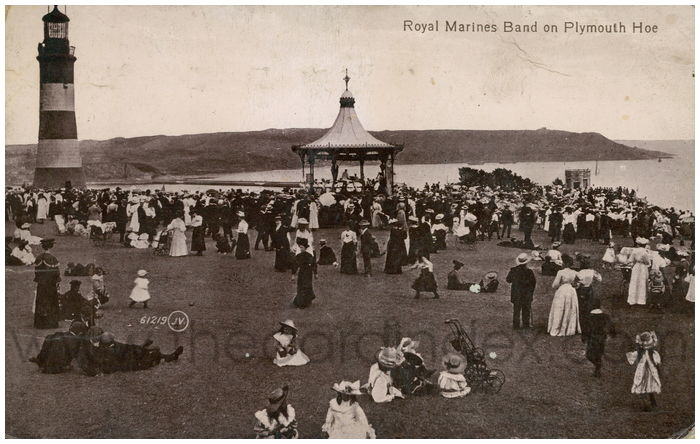 Postcard front: Royal Marines Band on Plymouth Hoe