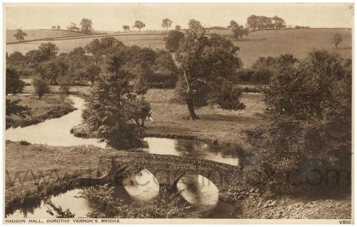 Postcard front: Haddon Hall, Dorothy Vernon's Bridge.