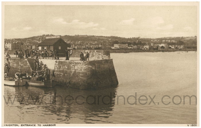 Postcard front: Paignton, Entrance to Harbour