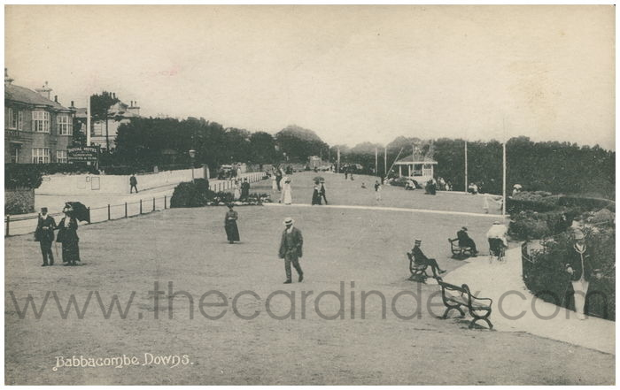 Postcard front: Babbacombe Downs.