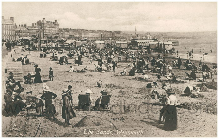 Postcard front: The Sands, Weymouth