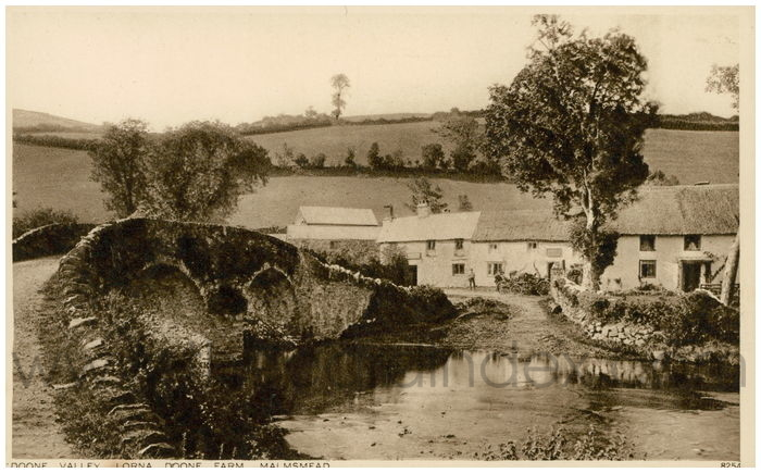 Postcard front: Doone Valley. Lorna Doone Farm. Malmsead
