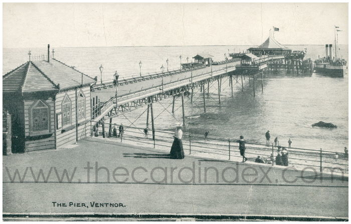 Postcard front: The Pier, Ventnor
