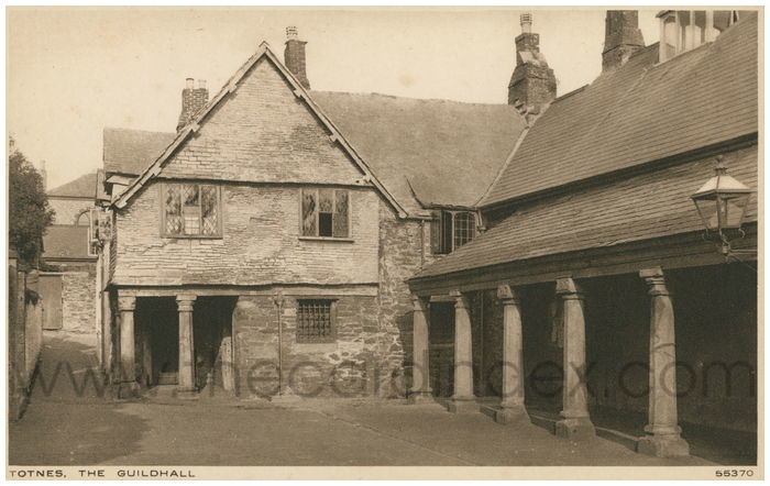 Postcard front: Totnes, The Guildhall.