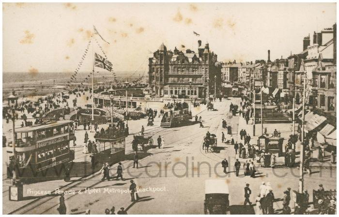 Postcard front: Princess Parade & Hotel Metropole, Blackpool.