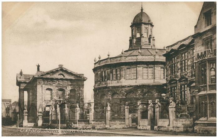 Postcard front: Oxford, Sheldonian Theatre.