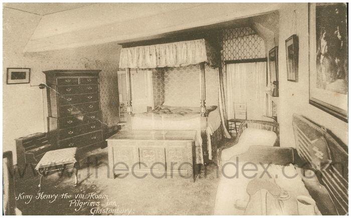 Postcard front: King Henry VIII Room, Pilgrims Inn, Glastonbury.