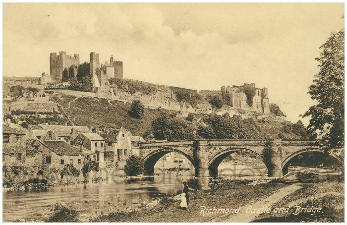 Postcard front: Richmond Castle and Bridge