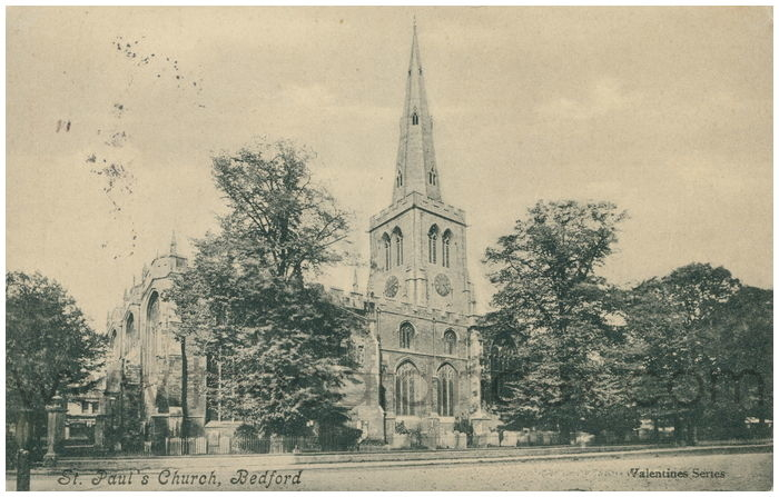 Postcard front: St. Paul's Church, Bedford
