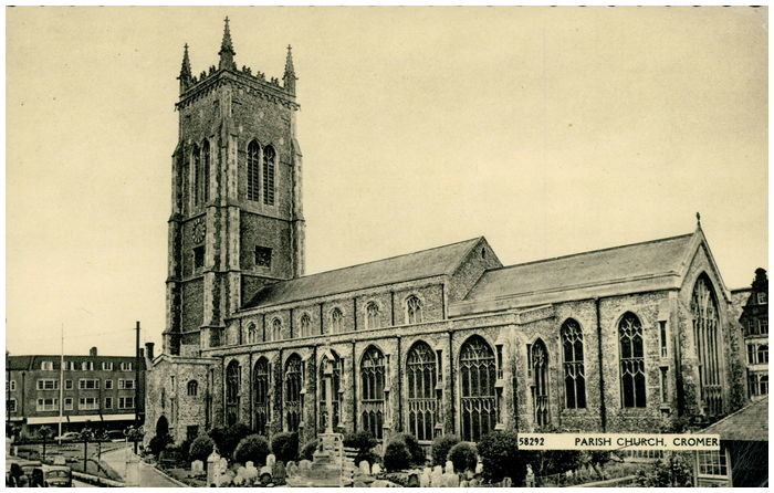 Postcard front: Parish Church, Cromer.