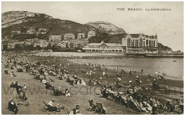 Postcard front: The Beach. Llandudno