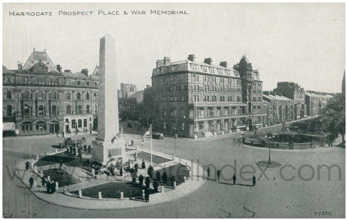 Postcard front: Harrogate. Prospect Place & War Memorial.