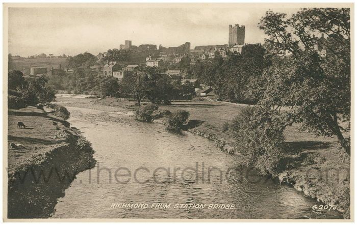 Postcard front: Richmond from Station Bridge.