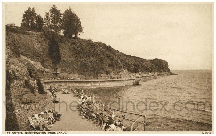 Postcard front: Paignton, Goodrington Promenade