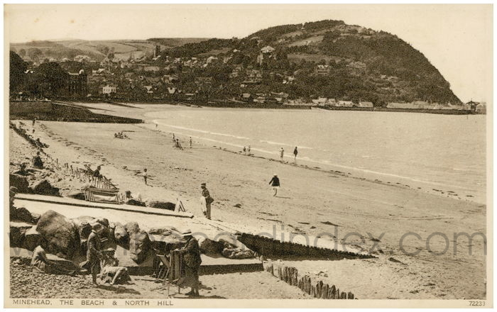 Postcard front: Minehead. The Beach & North Hill