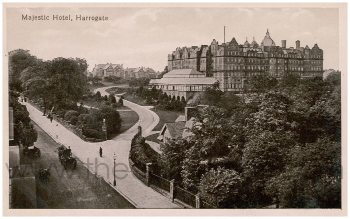 Postcard front: Majestic Hotel, Harrogate