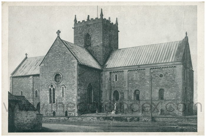 Postcard front: Parish Church of St. Mary The Virgin, Stow, Lincoln.