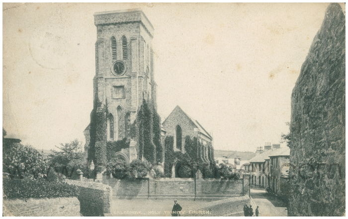Postcard front: Balcombe, Holy Trinity Church.