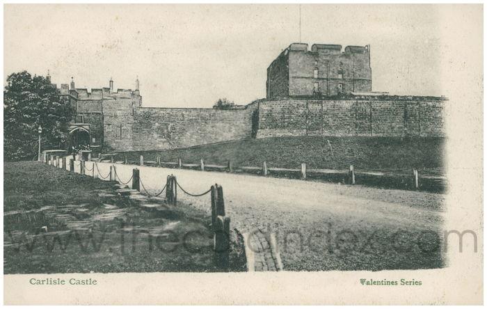 Postcard front: Carlisle Castle