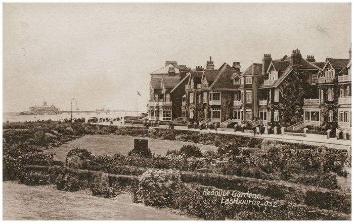 Postcard front: Redoubt Gardens, Eastbourne.
