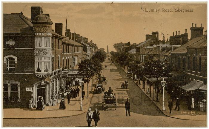Postcard front: Lumley Road, Skegness.