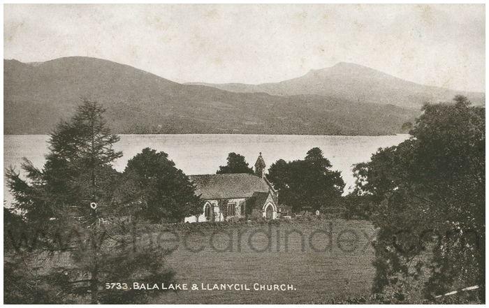 Postcard front: Bala Lake & Llanycil Church.