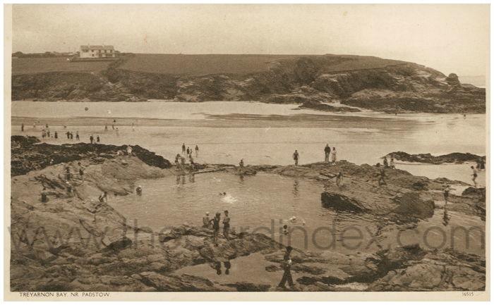 Postcard front: Treyarnon Bay. Nr. Padstow