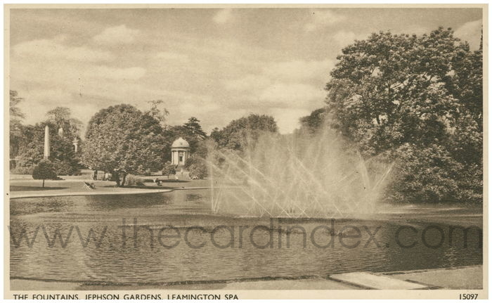 Postcard front: The Fountains, Jephson Gardens, Leamington Spa