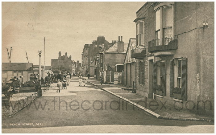 Postcard front: Beach Street, Deal