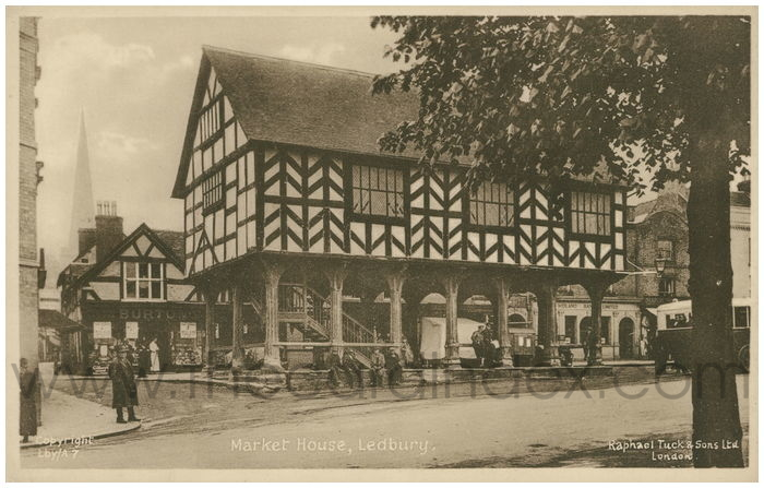 Postcard front: Market House, Ledbury