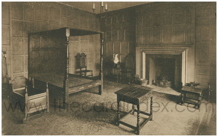 Postcard front: Panelled Room with Elizabethan Bedstead, Strangers' Hall. Norwich.