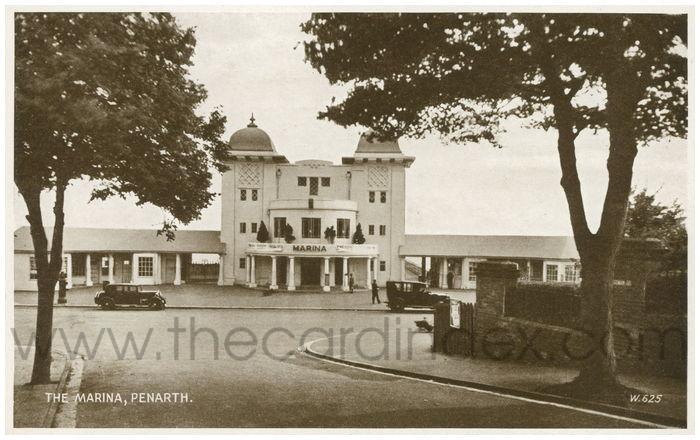 Postcard front: The Marina, Penarth