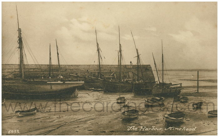 Postcard front: The Harbour, Minehead.