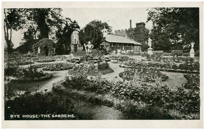 Postcard front: Rye House - The Gardens.