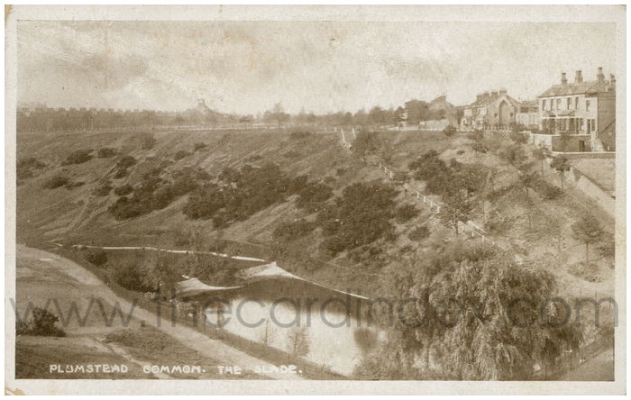 Postcard front: Plumstead Common. The Slade