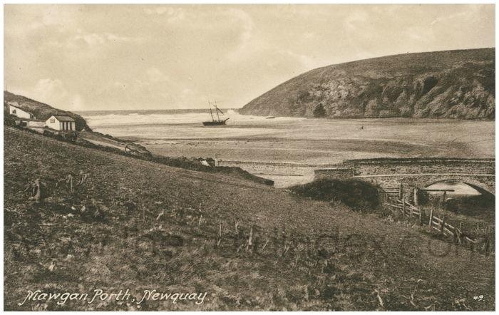 Postcard front: Mawgan Porth, Newquay.