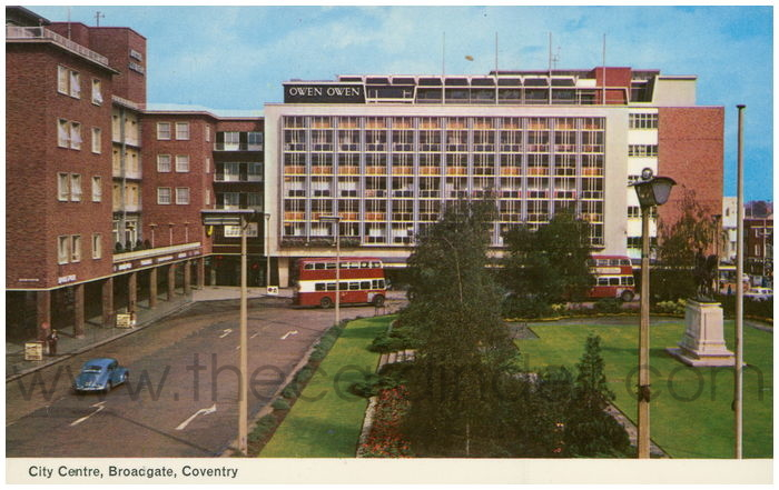 Postcard front: City Centre, Broadgate, Coventry.