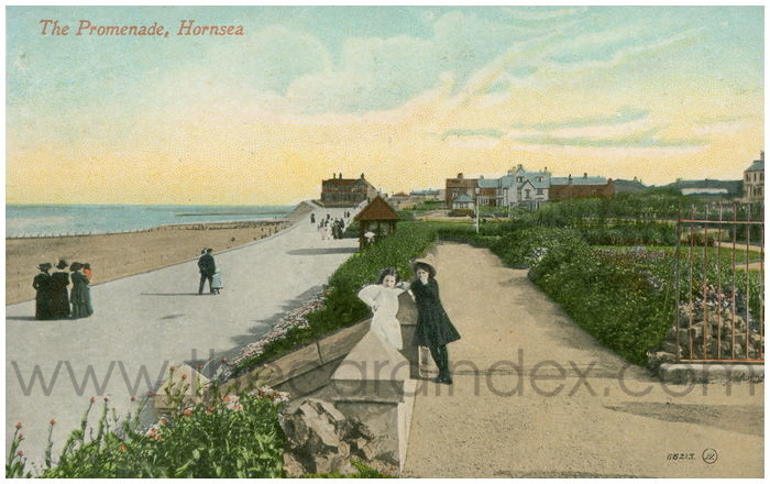Postcard front: The Promenade, Hornsea
